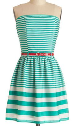 Darling striped & strapless dress in #turquoise http://rstyle.me/n/gvjggnyg6