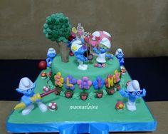 Smurfs cake - with flowers