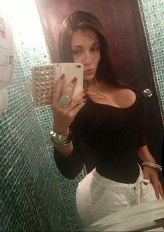 El cuerpazo de Oriana Fernandez (@sexybeba27)