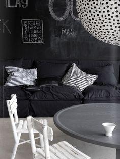 via Style-Files.com