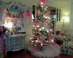 Penny's Vintage Home: Santa Loves the Ballet