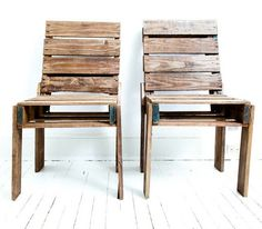 Outdoor chairs made from wooden pallets... just add cushions (or not) !  DIY