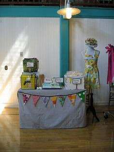 Another small, yet effective display! {craft booth setup}