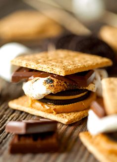 8 wild s'mores you should eat on National S'mores Day