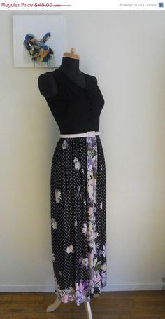 WINTER SALE 70s Maxi Mod Dress by Bigna on Etsy, $36.00