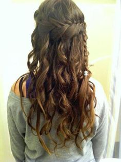 long brown curly hairstyle with braid | Hairstyles and Beauty Tips