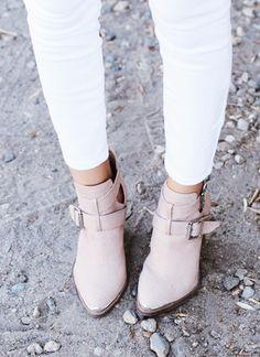 fashion styles, fall shoes, ankle boots, shoe fashion, pale pink, white pants, blush pink, white jeans, blush boot