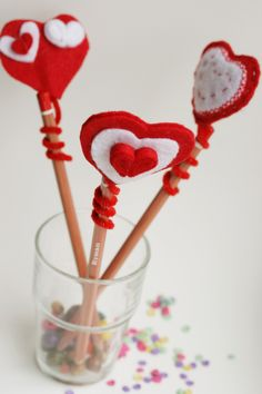 Kid Craft! DIY Felt heart pencil topper | The Crafty Kitty for Henry Happened