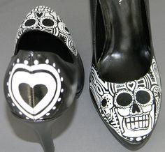 skulls, paint shoe, skull hand, hands, sugar skull, hand painted shoes, dead shoe, sacchetto, dead sugar