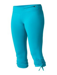 #ROXYOutdoorFitness Enhance Capri Tight - how much do you love this color?