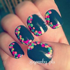 polka dots, summer fingernail designs, white nails summer, color combos, bright summer nails