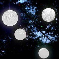 Hanging Solar Powered LED Snowballs - Set of 4