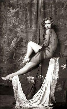 ZIEGFELD FOLLIES, 1920's www.fashion.net