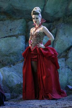 """Red Queen """"Once Upon a Time in Wonderland"""""""