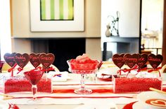 Adorable #valentine's day #table #family