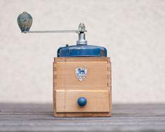 peugeot coffee grinder, 1947-1960.     love this