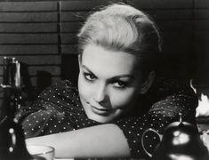"""Kim Novak in """"Vertigo"""" by Alfred Hitchcock #icon #uniqueness"""