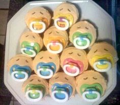 My cupcakes for Anna's baby reveal party! :)