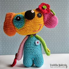 crochet dog pattern by Vendulka, love her use of colors