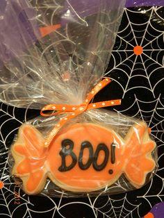 Halloween Cookies   #NoTricksAllTreats