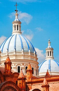 Cuenca, Ecuador: A Stunning, Vibrant City in the Mountains