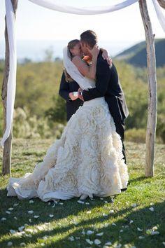 prayer, galleries, idea, arch, bridesmaid dresses, big skirt wedding dress, gown, beach photography, happili