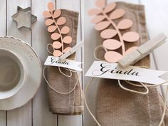 Papercut placecards