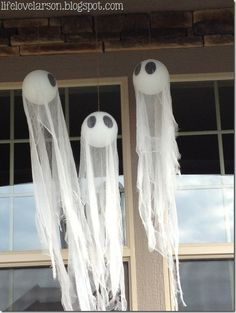DIY Spooky Ghosts