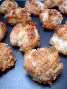 honey coconut macaroons (via David Lebovitz)