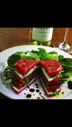 il eat, italian meals, healthi eat, healthy eating, healthi food, mozzarella, tomatoes, basil