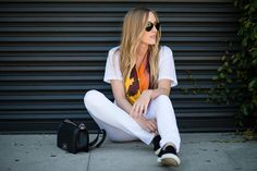 #OOTD @eat.sleep.wear. looking #fresh in all #White #hudsonjeans w/ a pop of #spring color!