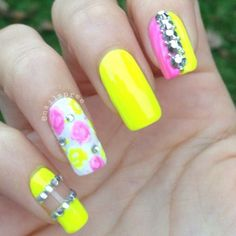 Neon nails with pink roses
