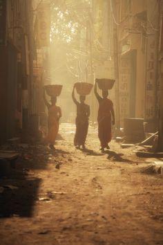 Walking by Tashi Delek, via 500px