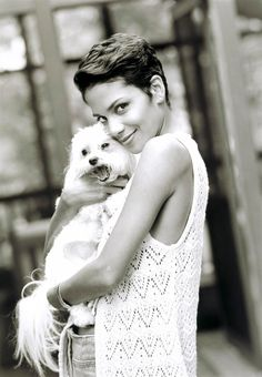 Halle Berry 1999 Red, Dogs, Hall Berri, Berri 1999, Dresses, Berri Wa, White, Halle Berry, Berries