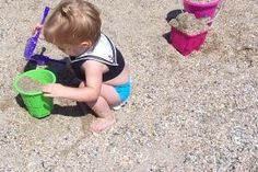 BEACH - 5 tips for having a more sane trip to the beach with your toddler!