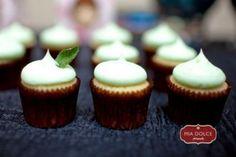 Mint julep cake-lets (aka fancy little cupcakes)