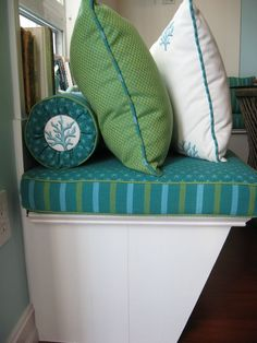 Decorate a breakfast bar with oceany greens and blue for a coastal look! Kitchen idea by Sweet Surroundings Design Group