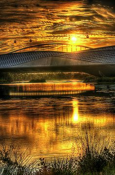 Beautiful sun reflection, Zaragoza, Aragon, Spain