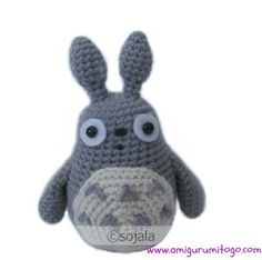 Grey Totoro Free Crochet Pattern Plus Video Tutorial by Amigurumi To Go (sharon ojala)