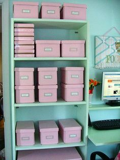 Pink Office Organization Inspiration - Now this is just sooooooo nice to look at!! I love Pink! I want my home office to look like this eventually... it has a very relaxing feel to it.