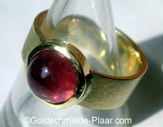 Ring Gelbgold mit rosa Turmalin-  Ring gold with tourmaline