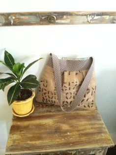 Super Cute Repurposed Burlap handbag!  ♥ it!