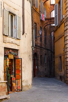 one day, travel europe, family life, places, families, siena, italy, itali