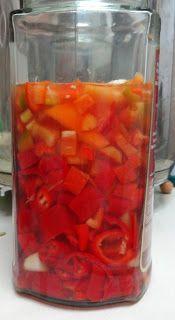 Cooking Outside the Box: ''Fresh'' Sriracha - homemade hot sauce