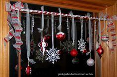 Easy Holiday Window Decor! CUTE!