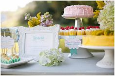 Darling idea for Mother's Day or any party.  Plus free printables.
