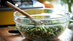 Salada de quinoa com ervilha: receita da Bela Gil - Receitas - GNT