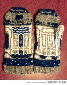 R2-D2 Mittens…