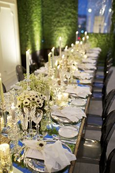 Tablescape in green and white