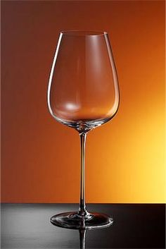 Beautiful wine glasses from Italy.